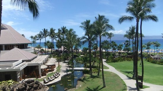 Sheraton Maui Resort & Spa: Hotel grounds