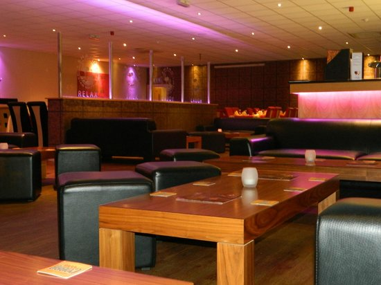 Shaad: Lounge/Bar Area
