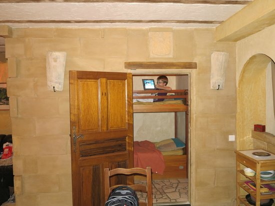 Gites La Balancelle: Kid's room