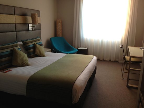 Novotel Newcastle Beach: Room
