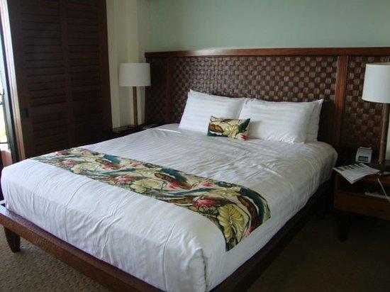Royal Lahaina Resort: Bed