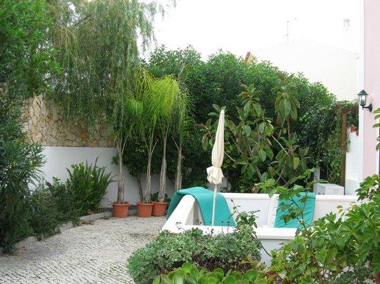 Solar de Mos Hotel: Garden view from ground floor room