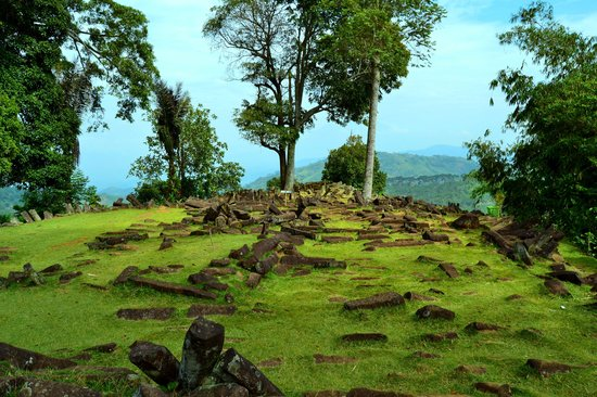 Gunung Padang Megalithic Site: The 3rd Terrace