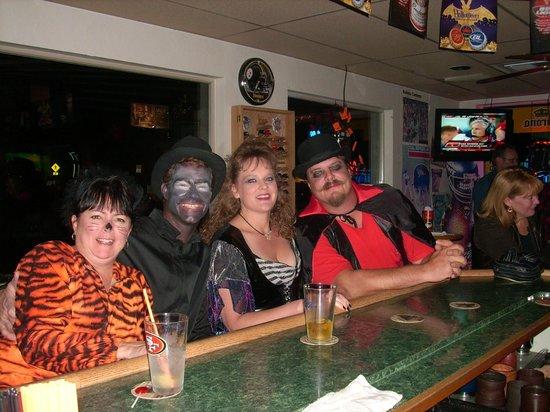 Canteena Sports Grill : Halloween at Canteena
