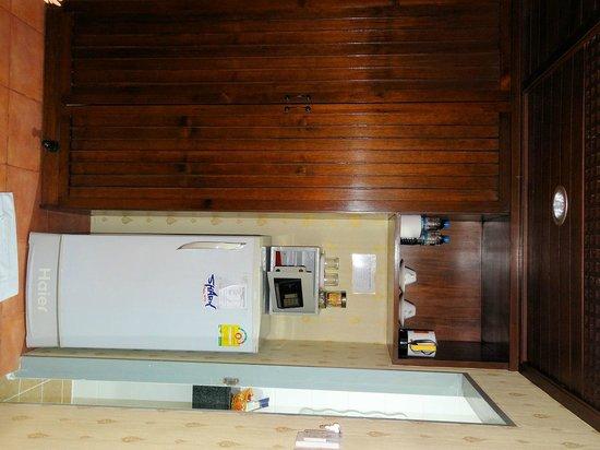 Club One Seven Phuket: Nice large fridge, good minibar prices