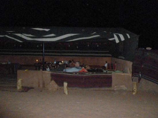 Bedouin Advisor Camp: Around the campfire