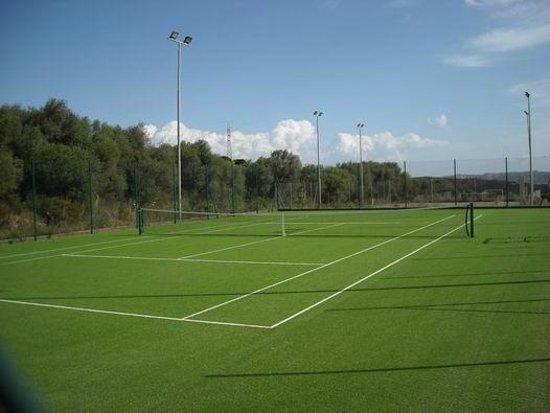 Villaggio Stazzo Pulcheddu : campo tennis