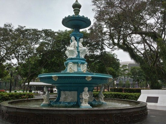 Esplanade Park: Tan Kim Seng Fountain