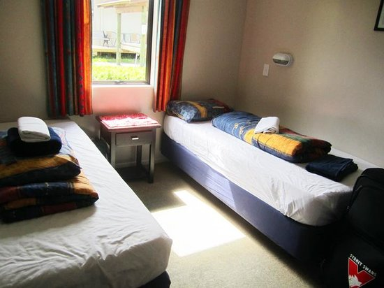 YHA Te Anau: Twin room