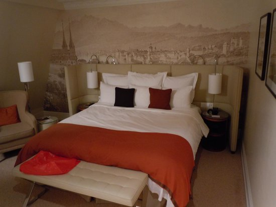 Renaissance Lucerne Hotel: Camera Deluxe