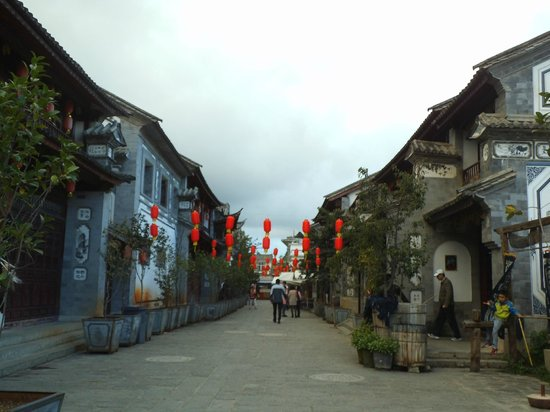 Yunnan Shaxi Ancient Town : View of a street in Shaxi ancient town
