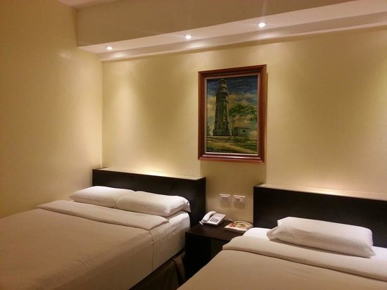 M Citi Suites Cebu: Twin Rooms