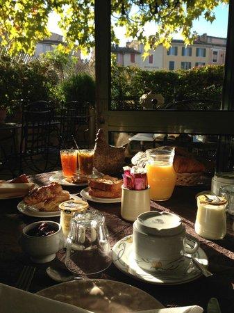 Auberge le Luberon: breakfast