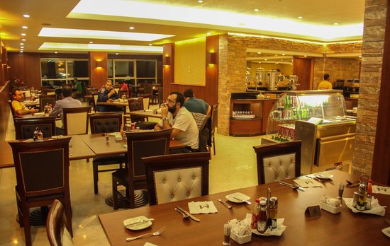 10th of Ramadan City, Egipt: Mirita Hotel restaurant