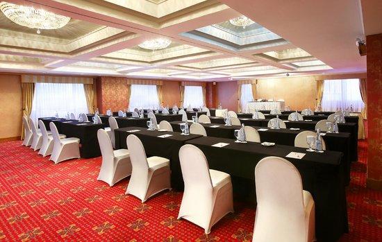 Concierge Picture Of Ambhara Hotel Jakarta Jakarta