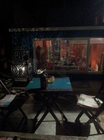 Porto Riad Guest House: night