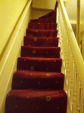 """ABC Hyde Park Hotel: """"Safe"""" stairs"""