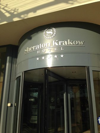 Sheraton Grand Krakow : FRONT OF HOTEL