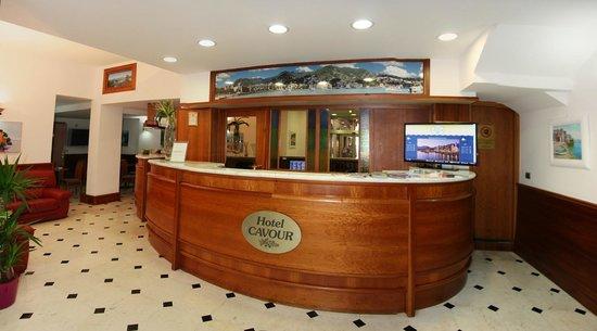 Hotel Cavour: Hall