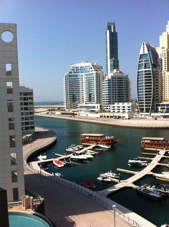 Lotus Hotel Apartments & Spa, Dubai Marina: View from room balcony