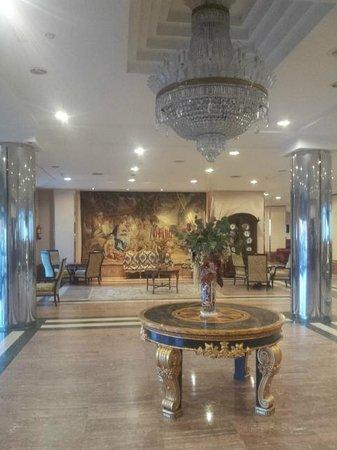 Tryp Guadalajara Hotel: Esta es la recepcion del hotel