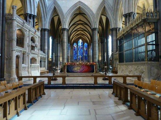 Salisbury Cathedral : Internal