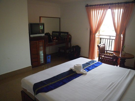 Apsara Dream Hotel: T.V. Fridge, WiFi, Big Bed