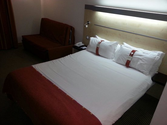 Holiday Inn Express Malaga Airport: Cama doble