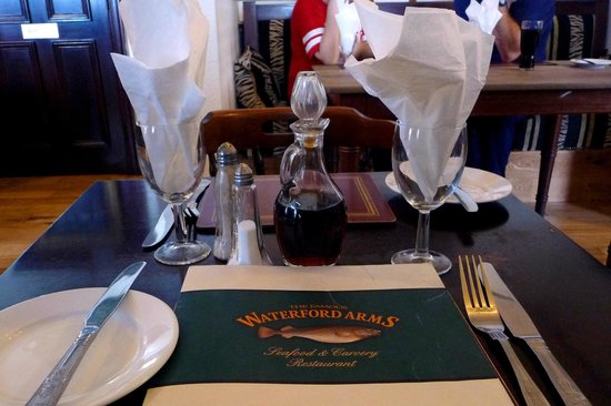 Waterford Arms: Place setting - awaiting main course