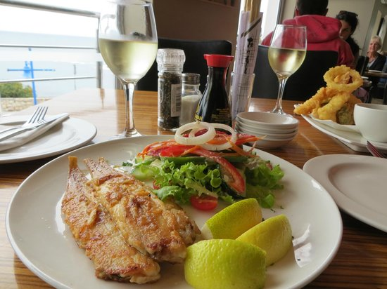 LB Seafood Bistro on the Bay: sole and salad - wish I had had the chips!