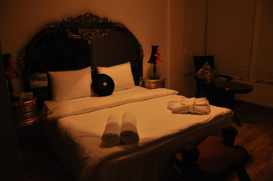 The White Swan Suites: Chambre
