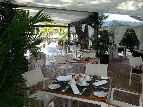 Origine Restaurant at Anahita Golf & Spa Resort: vue salle 4