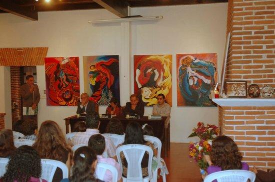 Casa Cakchiquel: Exhibition with Francisco Guzmann
