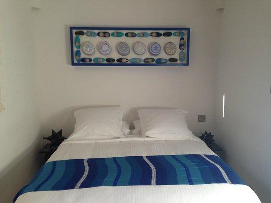 Dar Faracha Fès : Blue room bed