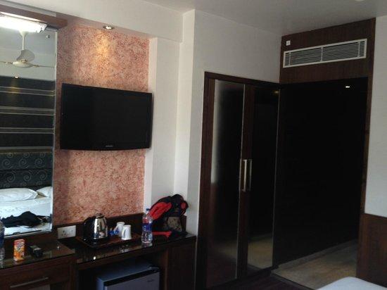 Subash International Hotel: A Double Room