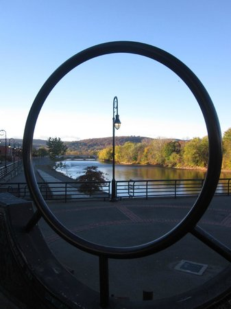 DoubleTree by Hilton Binghamton: View looking down to the confluence of the rivers from the nearby Rec Trail
