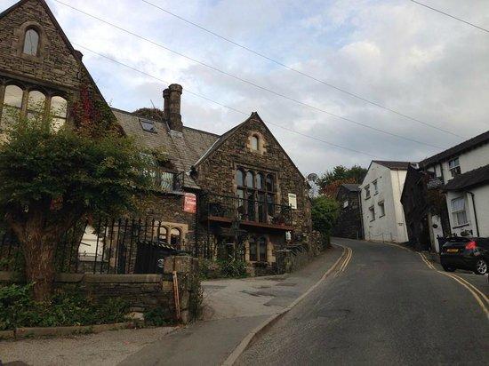Blenheim Lodge: Road leading up to Lodge