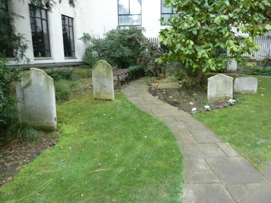 St Olave's Church: The graveyard, you pass on the way to the church