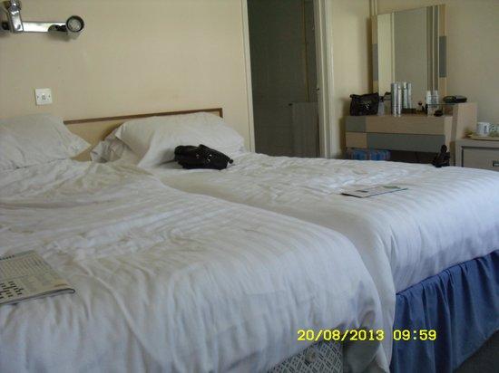 Warner Leisure Hotels Norton Grange Coastal Resort: Lovely room