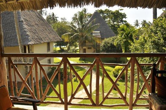 Neptune Palm Beach Boutique Resort & Spa : Baclon