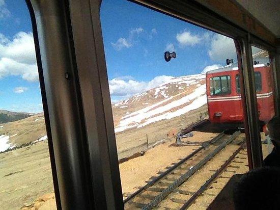 Pikes Peak Cog Railway: vista do trem I