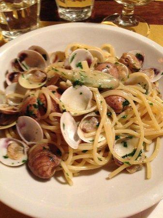 Osteria Alba Nova dalla Maria: Spaghetti alle vongole con zenzero