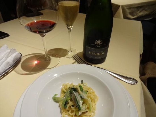Photo of Italian Restaurant Rusuteikanera at 赤坂4-12-5 Fad20ビル1f, Minato 107-0052, Japan