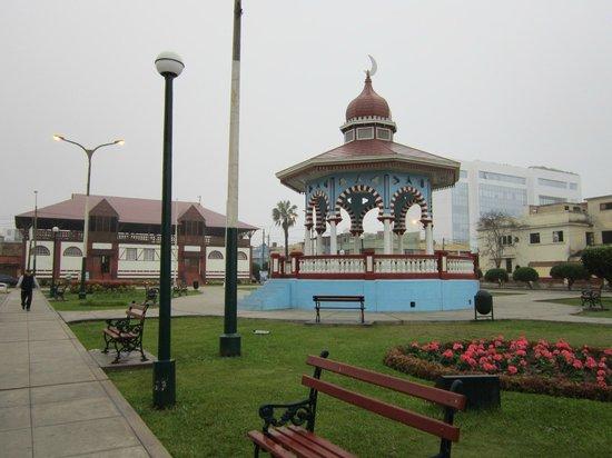 Mami Panchita: areas along the Malecon