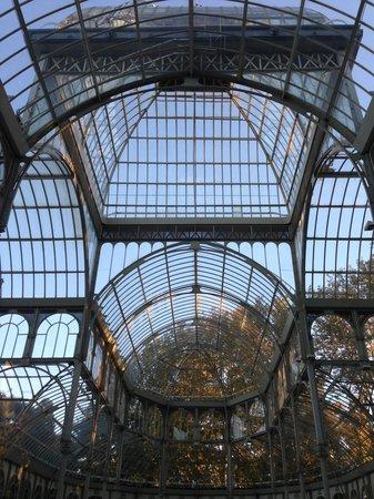 Palacio De Cristal: Glass details