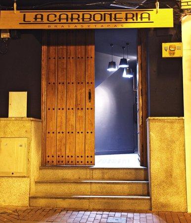La Carbonería Mérida: Puerta