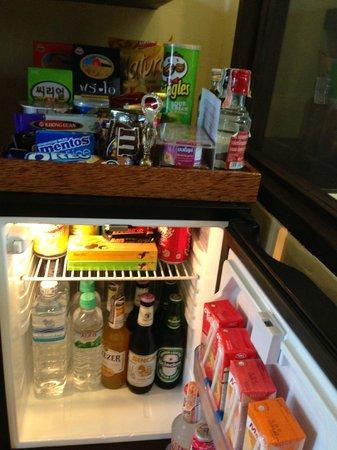 Samui Jasmine Resort : refrigerated food, drinks for every taste