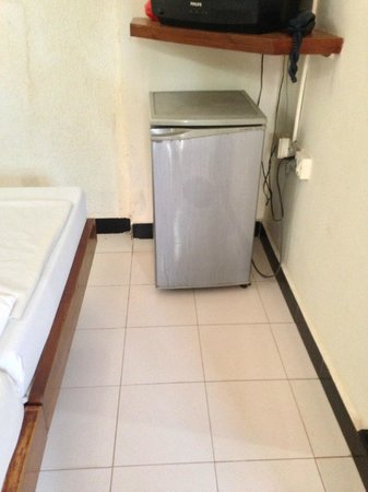 Mira Hotel: TV and Mini refrigerator is also available!