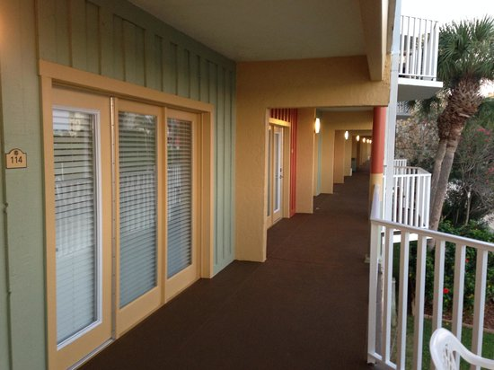 Legacy Vacation Resorts-Indian Shores: Balcony access