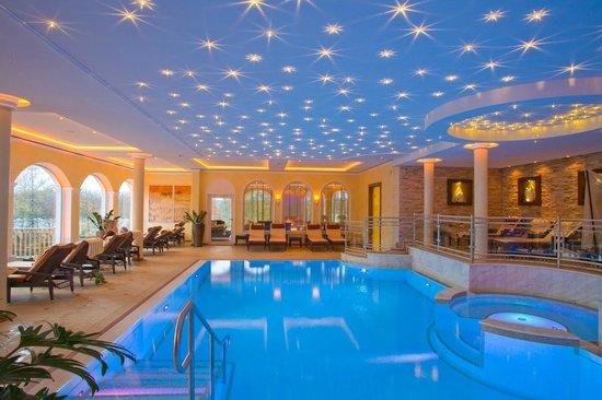 Genussdorf Gmachl - Hotel & Spa: Hallenbad